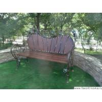 Нужны кованые скамейки? Обращайтесь в компанию «Фаворит»!