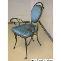Кованые стулья и пуфики4