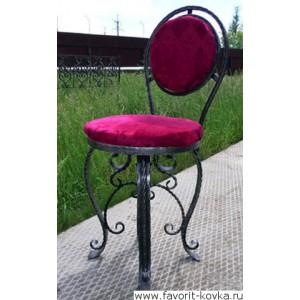 Кованые стулья и пуфики5