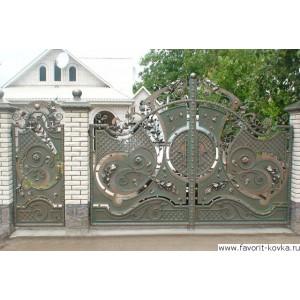 Кованые ворота102