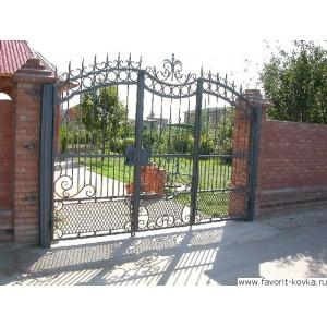 Кованые ворота136