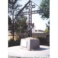 Крест кованый9