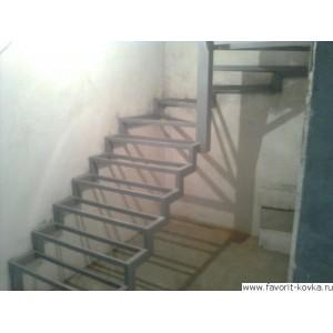 Лестница на металлокаркасе9