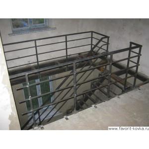 Лестница на металлокаркасе13