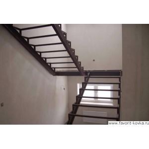 Лестница на металлокаркасе17