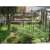 Ограда ритуальная4
