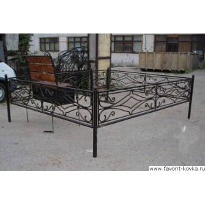 Ограда ритуальная18